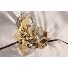 Exquisite Venetian mask in black and gold