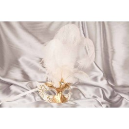 White Struzzo Gold - Ladies Ball Mask with Centre Feathers
