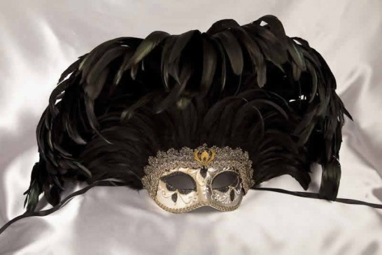 Mardi Gras Feathered mask - black