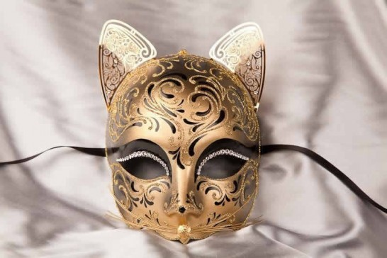 Black Gatto Fu Gold - Luxury Egyptian Cat Mask with Swarovski Crystals