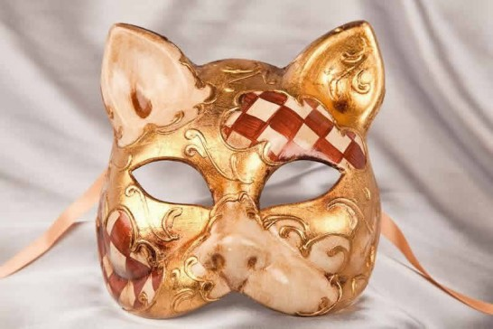 brown cat mask with Diamond Pattern