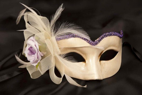lilac masquerade mask with fascinator