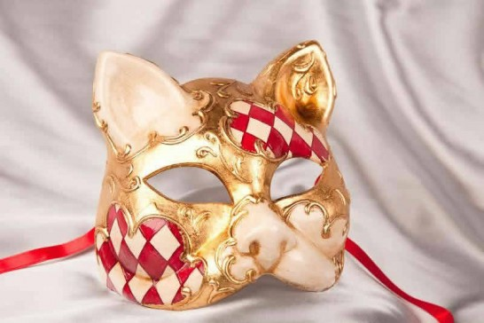 red cat mask with Diamond Pattern