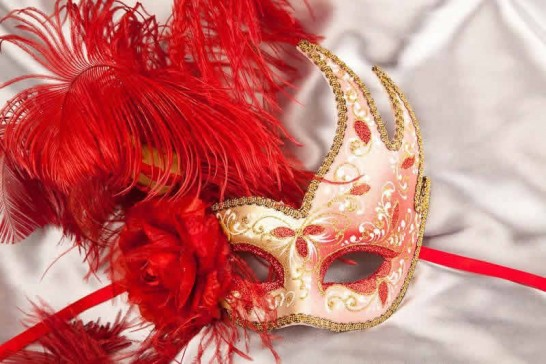Gold Venetian Swan Masks with feathers in red