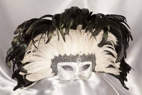 Moulin Rouge feather Mardi Gras mask in Silver and White