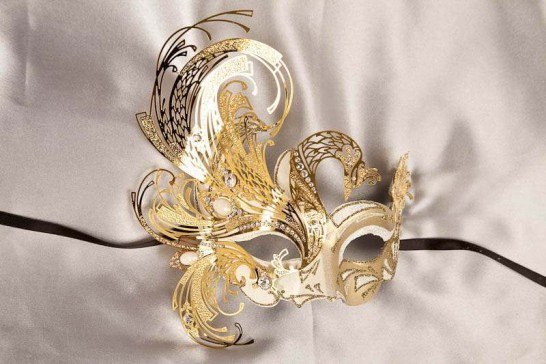 Luxury Venetian mask with filigree and crystal decoration white and gold