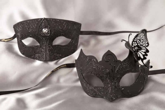 Pair of black masquerade masks with butterfly | Tomboy Teresa