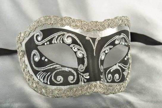 Black and silver Colombina masquerade mask with glitter and braiding