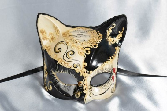 Black Gattino Love Me - Kitten Mask with Heart Decoration
