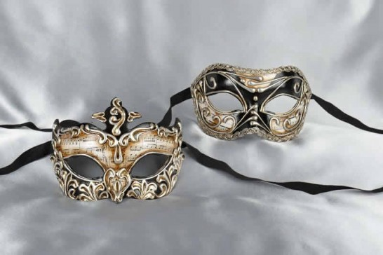 black masks for a couple