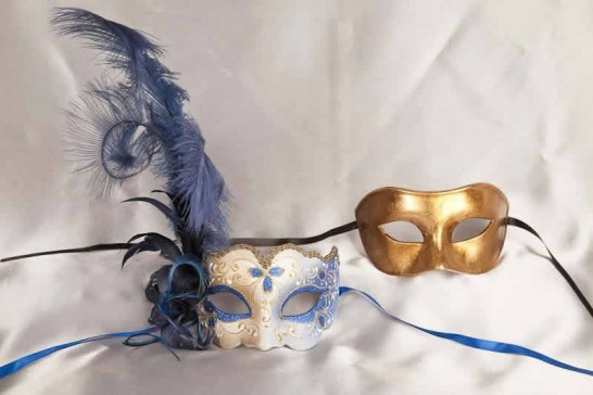 Blue Colo Iris Gold - Couples Masks with Feathers