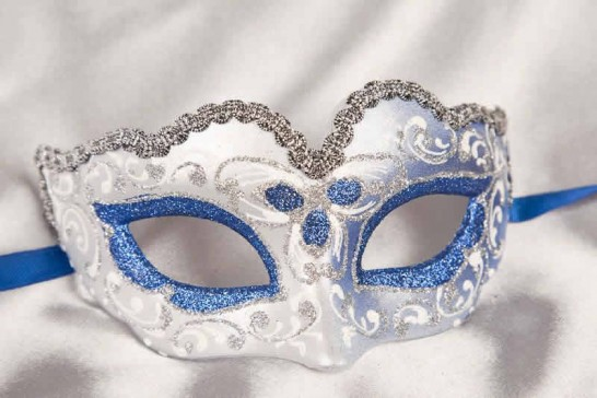 Small masquerade mask Baby Silver in blue