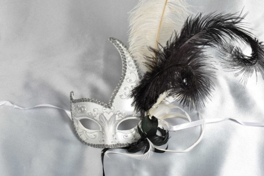 Cigno Duo Silver - Two Colour Swan Masks with Feathers - END OF LINE