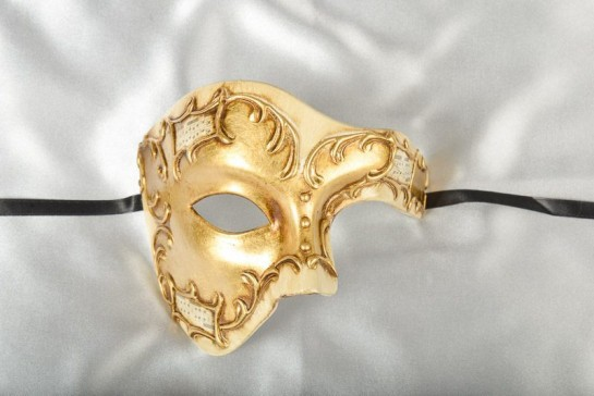 Fantasma Phantom masquerade mask in gold and Cream