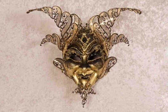 Luxury Diavolo wall mask black gold