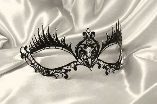 Mascara Lux - Delicate Filigree Metal Masquerade Mask for Women