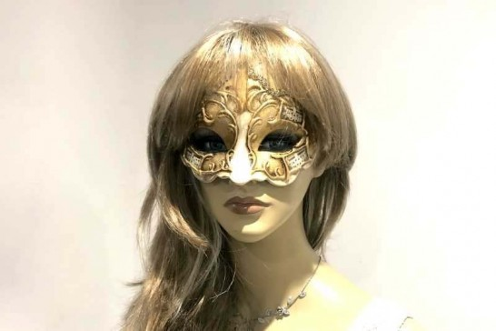 gold and musical masquerade ball mask - Giglio Melody on female face