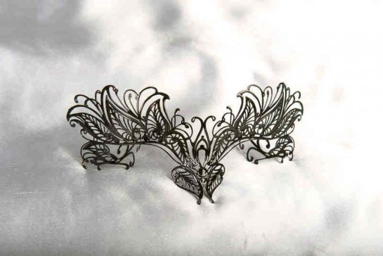 Masquerade mask for glasses wearer Petal attached to glasses