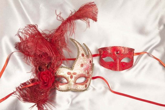 Red and Gold Venetian masquerade masks for couple Cigno Tomboy