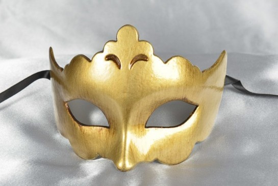 Plain and simple carnival masquerade mask in gold