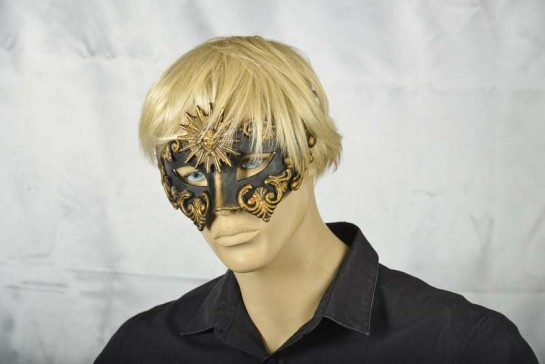 Luxury black and bronze mans mask - Barocco Sole on model