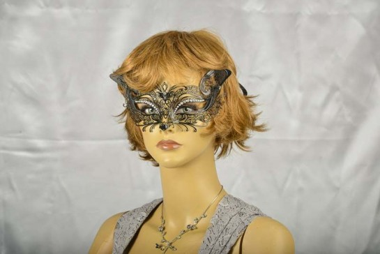 lace metal cat mask in black on face