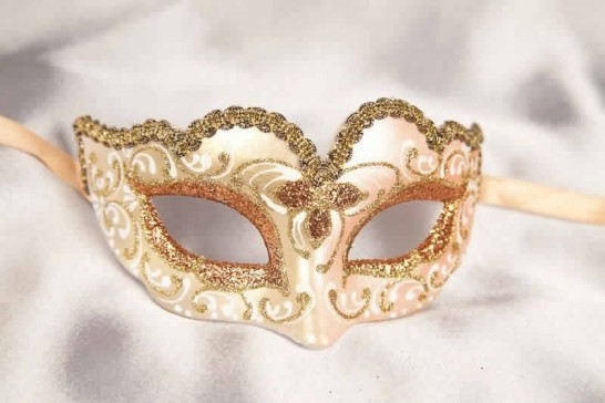 Peach Baby Fiore Gold - Small Carnival Masks