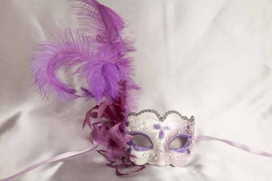 Purple Iris Piuma Silver - Ladies Side Feather Eye Mask