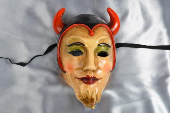 Devil mask with beard and horns