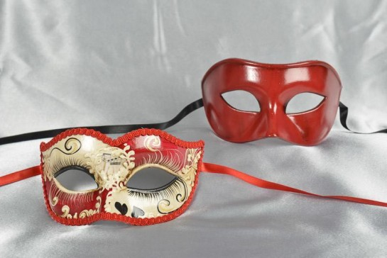 sweetheart masquerade masks for couples in red