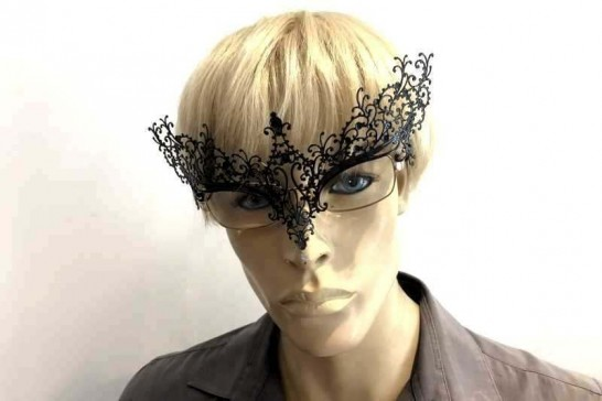 Masquerade mask for glasses Ricciolina shown on mans spectacles