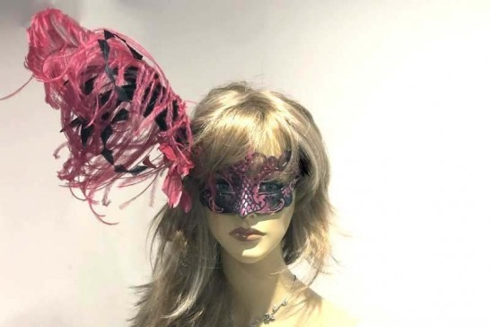 Luxury feather Venetian masquerade mask Vanity on female face