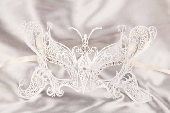 White Butterfly - Luxury Filigree Metal Masks with Crystals