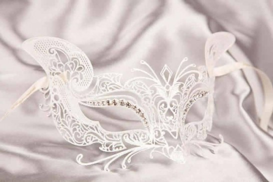 White Luxury Filigree Metal Venetian Cat Mask with Crystals