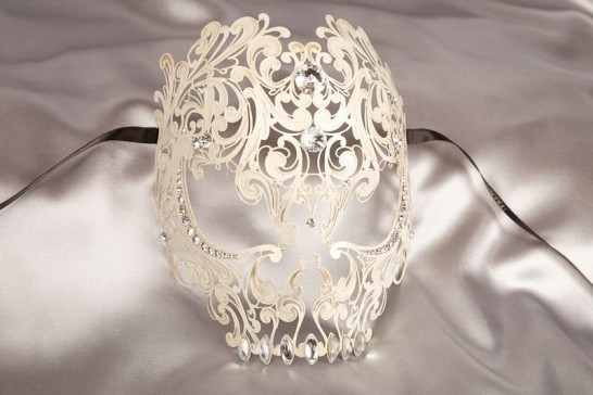 Teschio Lux - Luxury Antiqued Cream Filigree Metal Skull Mask