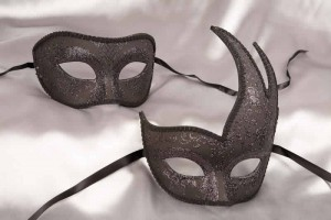 Gloss black couples masks - swan colombina