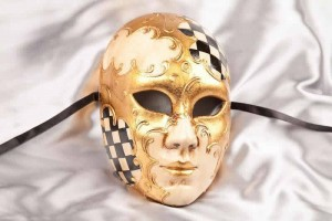 Volto Scacchi - Full Face Masks with Diamond Pattern