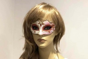 Small masquerade mask Baby Gold on female face