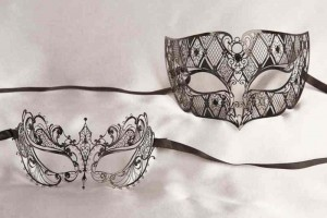 Pair of black filigree metal masks - Tomboy Bernice