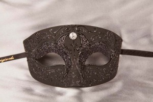 Black Venetian mask for a man - Tomboy Plain