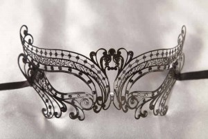 black metal lace chic mask