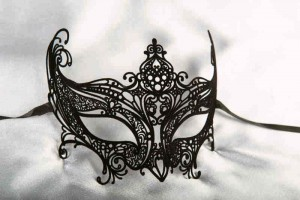 Principessa Flock - Black Velvet covered Filigree Metal Mask