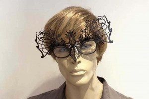 masquerade mask for glasses Ragnatela Strass attached to glasses on male