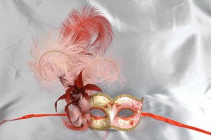 Ladies feathered ball mask - Red