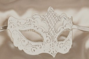 Rondine Strass - Luxury White WeddingMask with Crystal Eyes