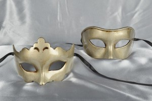 Larga Giglio Plain - Antiqued Silver Budget Masks for Couples