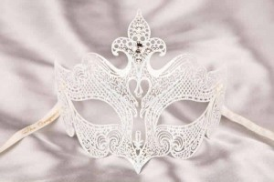 White Giglio Lux - Luxury Metal Filigree Mask with Crystals