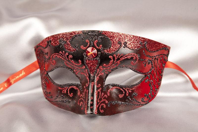 Red and Black Luxury Masquerade Ball Mask for Men - Smoking Black