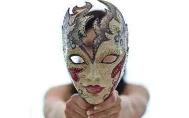 masquerade masks for different shaped faces